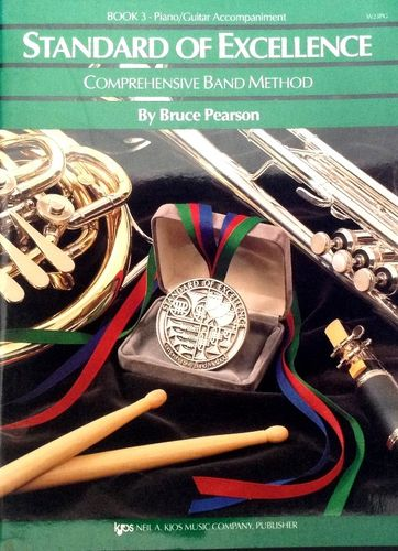 STANDARD OF EXCELLENCE - COMPREHENSIVE BAND METHOD - BOOK 3 - PIANO/GUITAR ACCOMPANIMENT